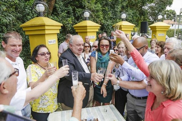 Curitiba comemora os 24 anos do bosque de Portugal
