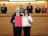Dr. Antonio Athayde recebendo o título de cidadao honorario de Curitiba_Capa